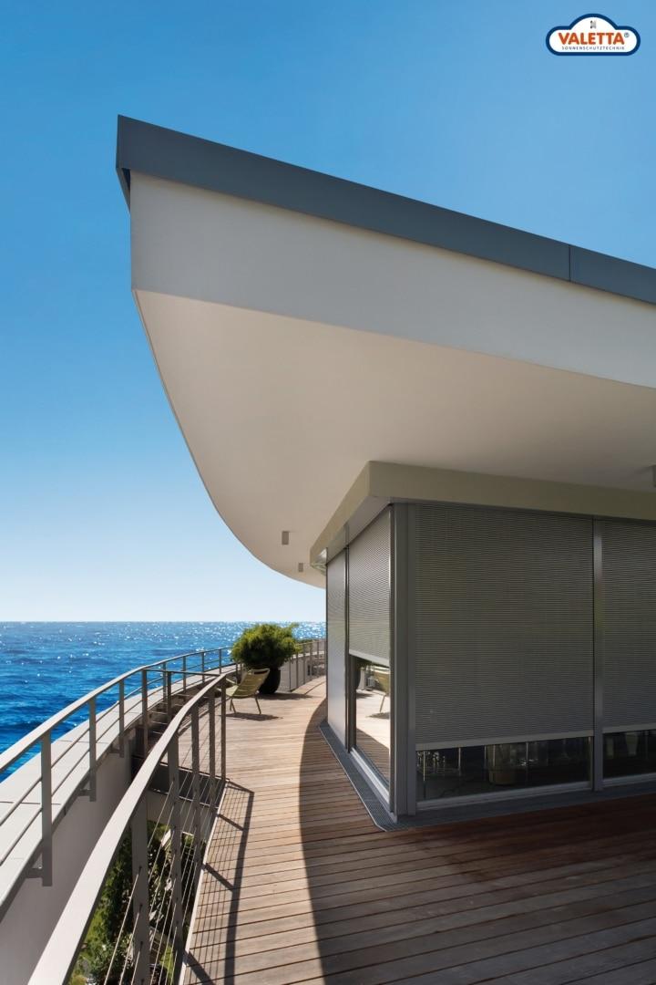Sonnenschutz-Boot